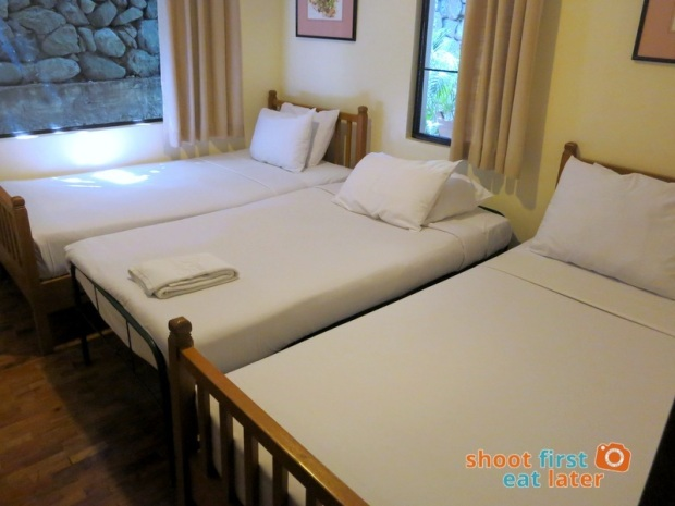 Baguio Country Club 3 Bedroom Cottage-009