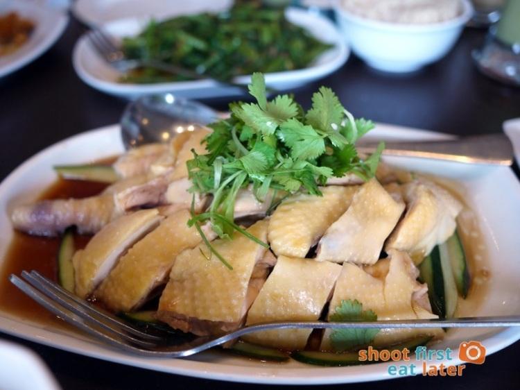 Wee Nam Kee - Steamed Hainanese Yellow Chicken P848 medium