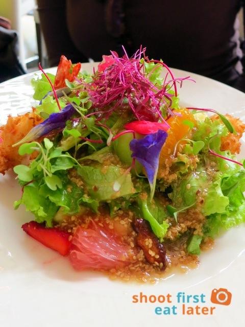 ARATA Crispy prawns and scallops with tropical fruits and sesame dressing