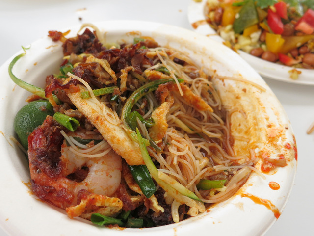 Malaysia - Donald & Lily's mee siam