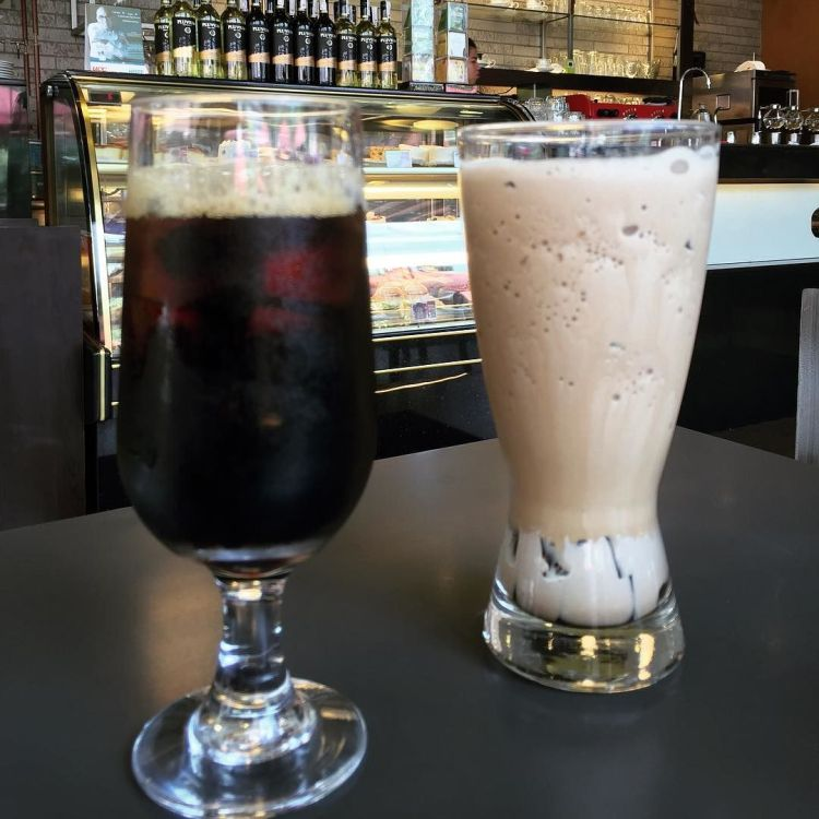 Iced_coffee_break__ucccafeph