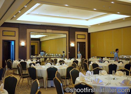 Hamilo Coast buffet lunch-1