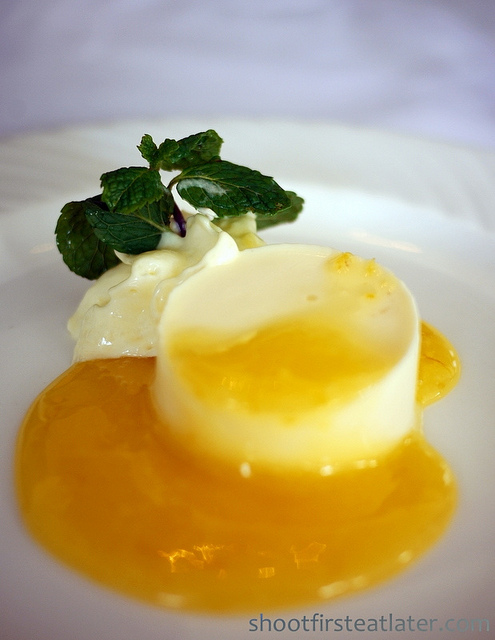 yogurt panna cotta w/ lemon curd