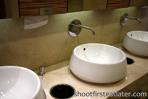 Marriott bathroom-2