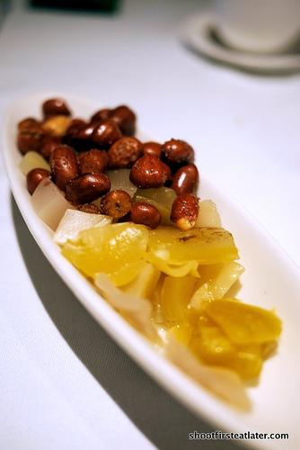 peanuts & pickled veggie