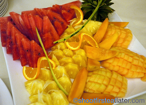 Hamilo Coast buffet lunch-fresh fruits