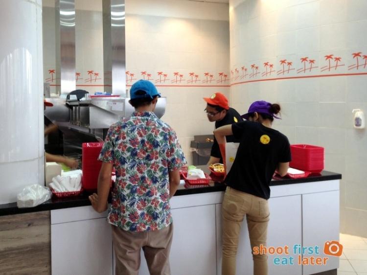 Century City Mall Manila- Caliburger-005