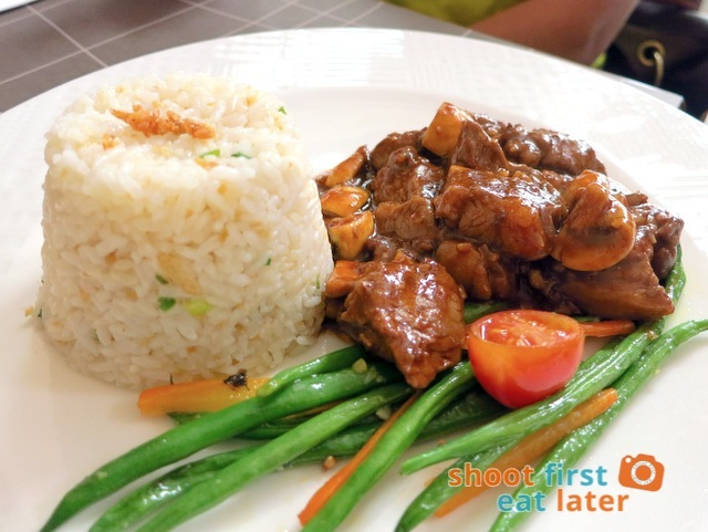 ABERDEEN Angus beef mushroom salpicao, served with garlic rice and grilled vegetables P495