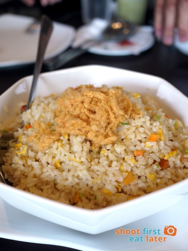 Wee Nam Kee - Pineapple Fried Rice with Pork Floss P250
