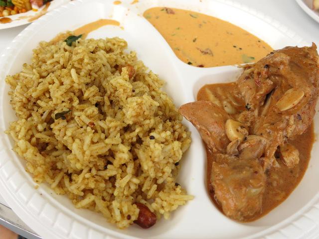 India - garlic chicken with tamarind rice