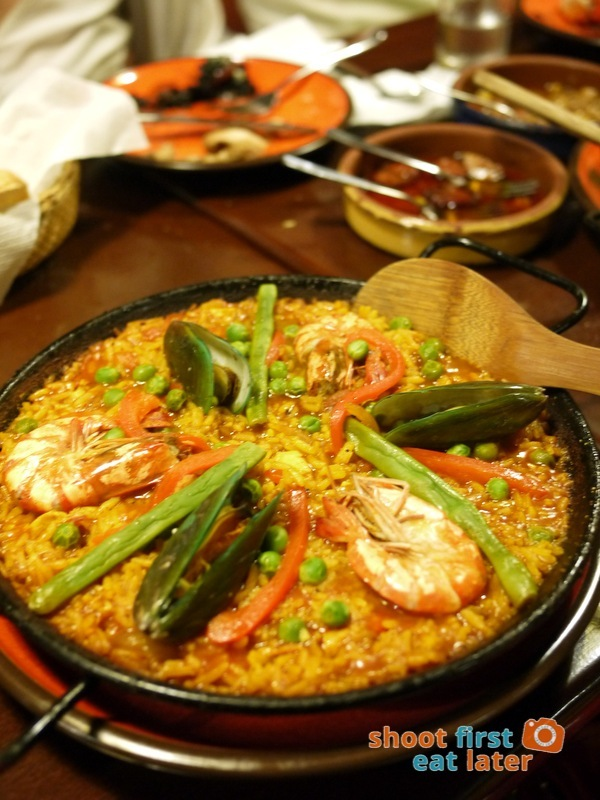 Calderon Restaurant - Paella Valenciana (small) P780