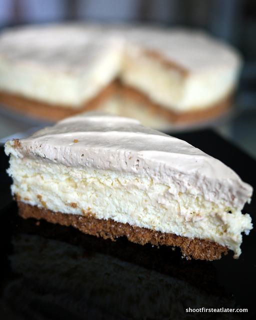Dessert du Jour's queso de bola cheesecake