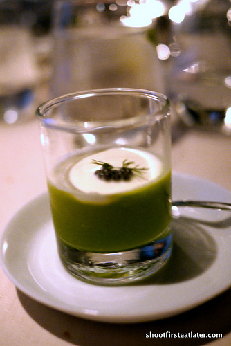 broccoli purée w lemon cream caviar