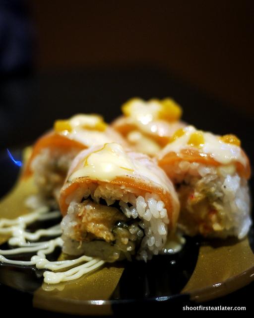 lobster salad w: seared salmon roll-2
