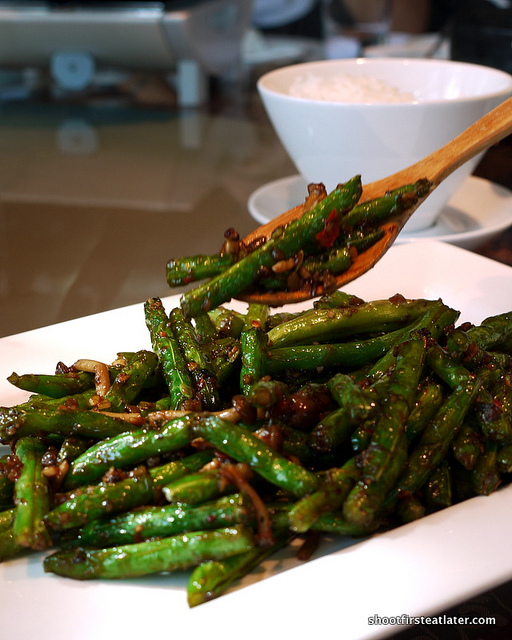 wok-fried spicy string beans & minced pork