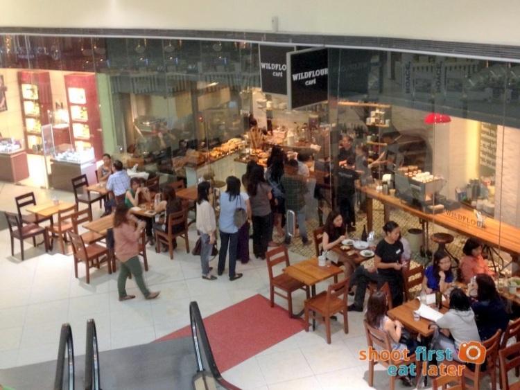 Wildflour Cafe Podium -001