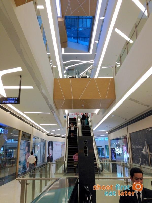 Century City Mall Manila-003