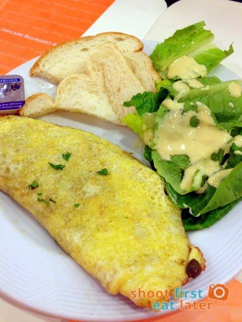 Pancake House- mushroom omelet P147