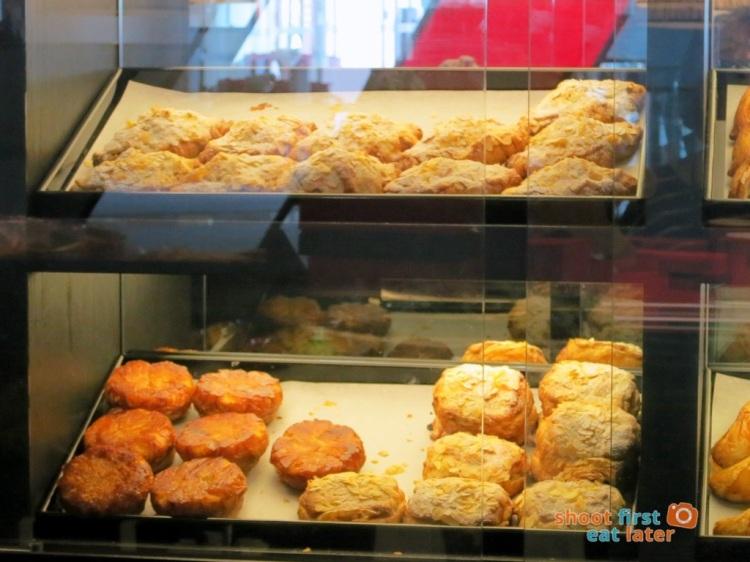 Le Salon de Thé de Joel Robuchon (Elements HK)- Breton cake, almond croissant