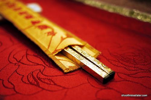 gold chopsticks