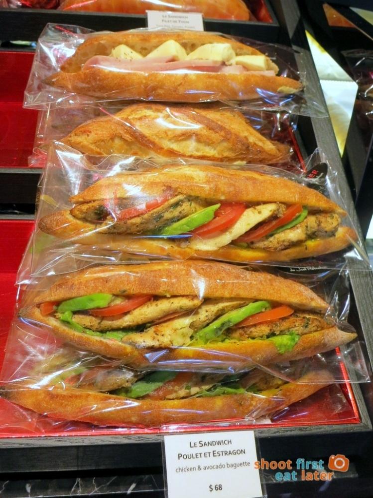 Le Salon de Thé de Joel Robuchon (Elements HK)- chicken & avocado baguette HK$68