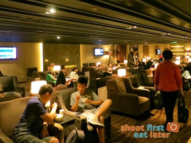 Plaza Premium Lounge Hong Kong-003