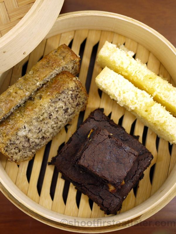 Maya Butter Cake, Banana Cake & Fudge Brownie-002