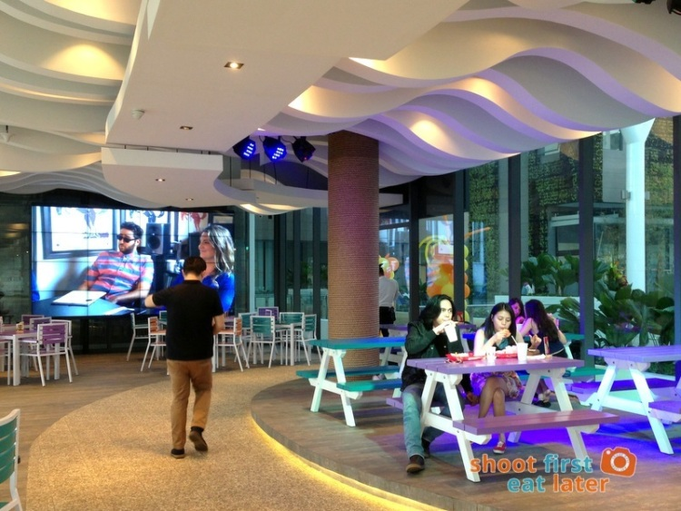 Century City Mall Manila- Caliburger-001