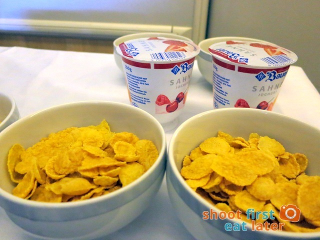 trolley with cereal & yogurt
