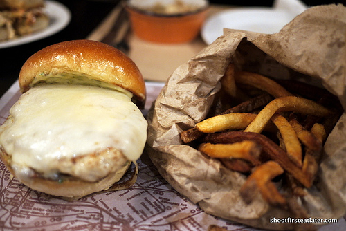 chili chicken burger