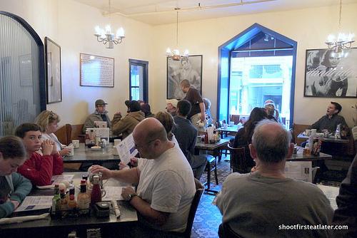 Dottie's True Blue Cafe-2