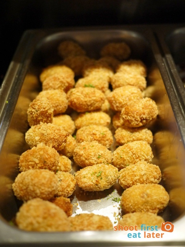 Alba Restaurante Español- Croquetas de Legumbres (vegetable croquettes)