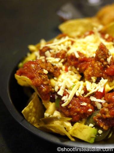 loaded Tex-Mex ground beef nachos P360