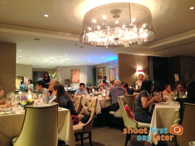 Oakroom Restaurant and Bar-004