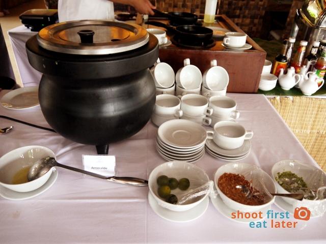 breakfast buffet at Balesin clubhouse- arroz caldo