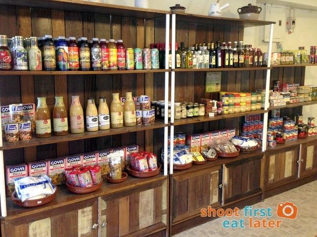 Connie's Kitchen Deli -012