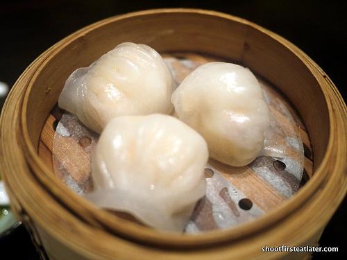 "shrimp dumpling ""har gaw"""