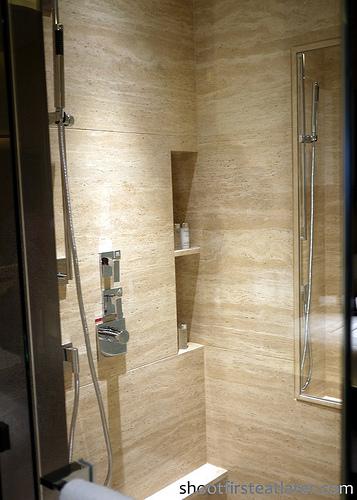 Ritz-Carlton Hong Kong Deluxe Room-6