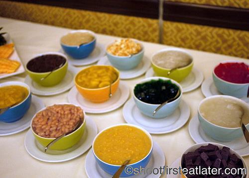 Hamilo Coast buffet lunch-make your own halo halo