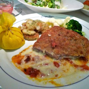 Jimmy's Kitchen veal cordon bleu-1