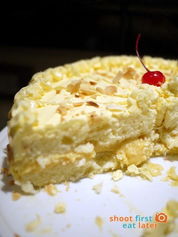 Alba Restaurante Español- Almond Cake