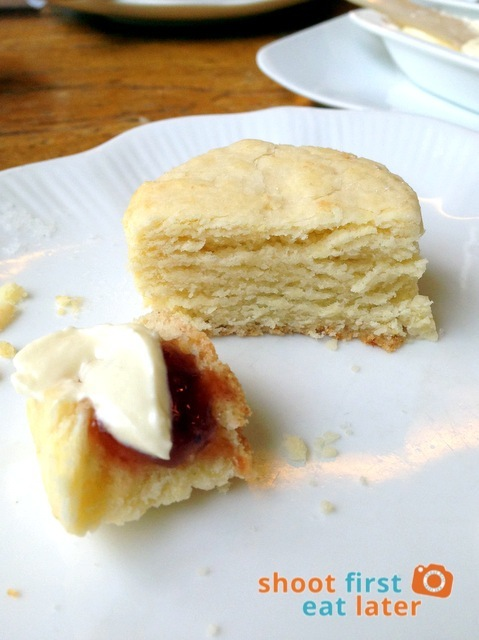 Lusso Afternoon Tea- homemade scones-001
