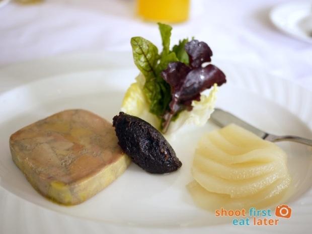 Antonio's Tagaytay-Paté de Foie Gras on Riesling Poached Pear with Crostini P650