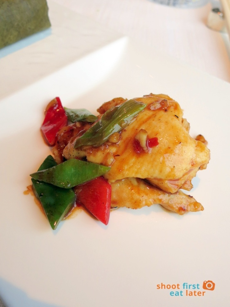 Tin Lung Heen - Fried Chicken with Black Bean Sauce