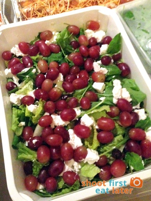 salad with grapes & goat cheese