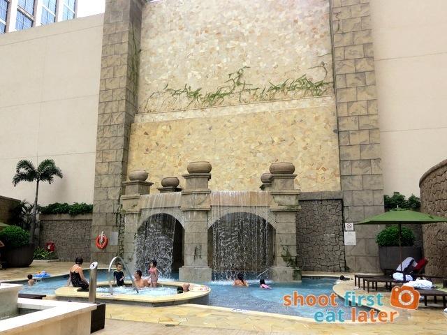 Sheraton Macao Hotel- Swimming Pool-001