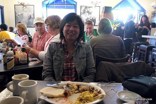Dottie's True Blue Cafe-13