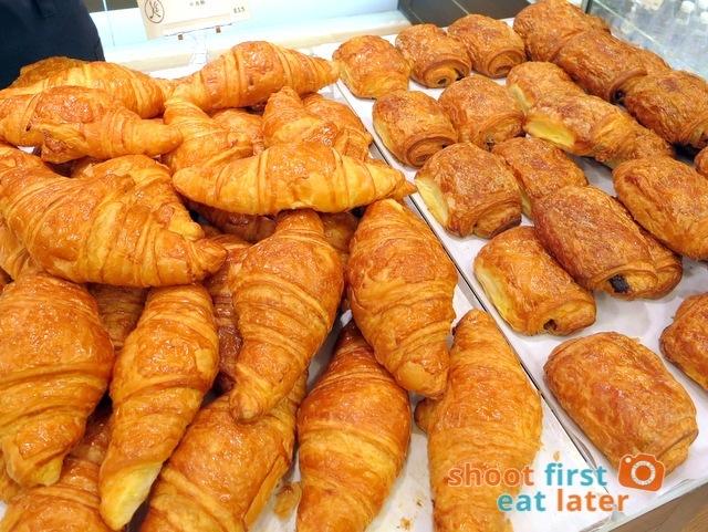 Eric Kayser Hong Kong -  croissant HK$15 chocolate croissant HK$16