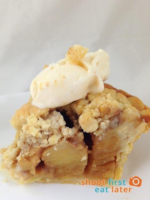 Catherine's Cakes & Pies - Apple Pie - 003