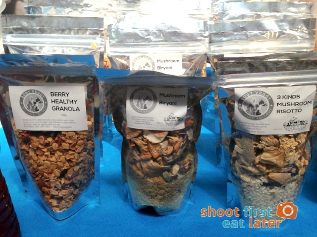 Edgy Veggy - granola, mushroom biryani & 3 kinds mushroom risotto
